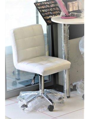 Meistri tool kandiline